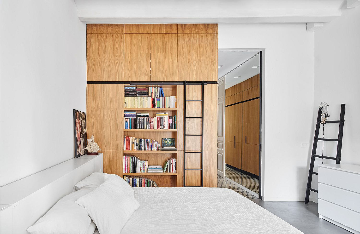 Look inside the bedroom of the Barcelona apartment