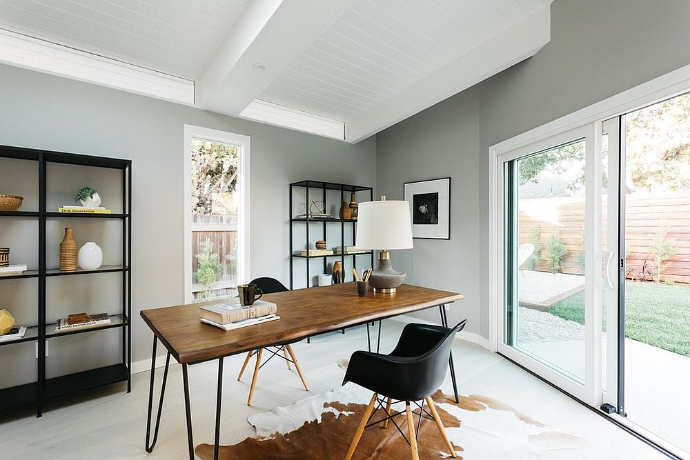 25 Trendy Gray Home Offices Combining Sophistication with ...