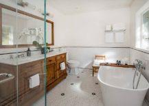 Modern-farmhouse-bathroom-in-wood-and-white-217x155