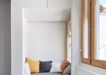 Niche-in-the-corner-with-cozy-seating-option-217x155