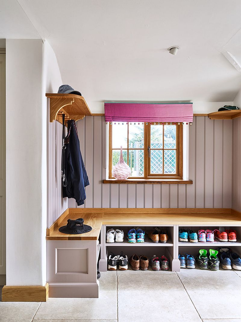 Organizing footwear in the mudroom with ease