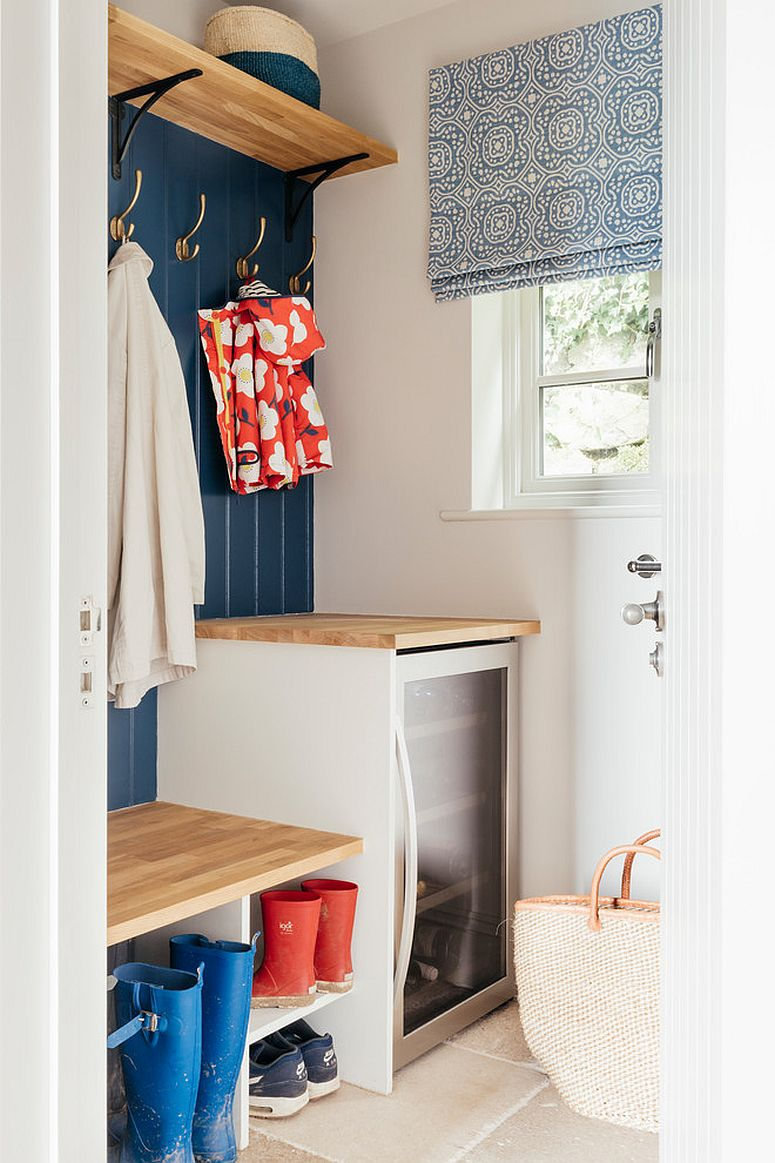 Tiny white and blue mudroom idea