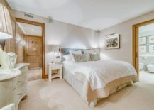 White-and-wood-color-scheme-for-the-chalet-bedroom-217x155
