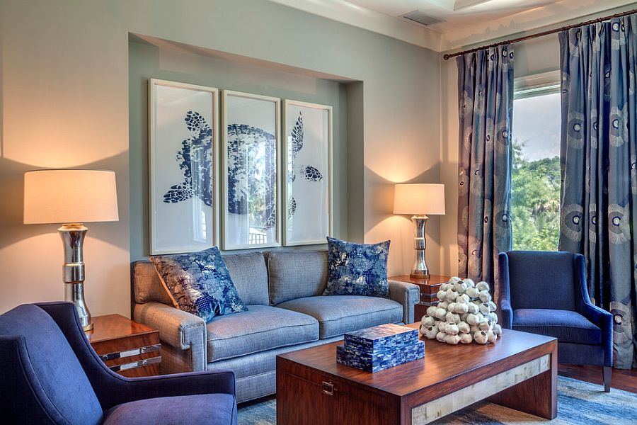 Blue drapes along with pattern for the tropical style living room