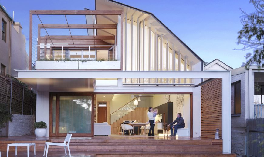 Moving Roof and Computerized Louvers Create This 8-Star Energy-Efficient Home