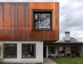 Cyclops House: Copper, Concrete and Windows that Usher in Ample Natural Light