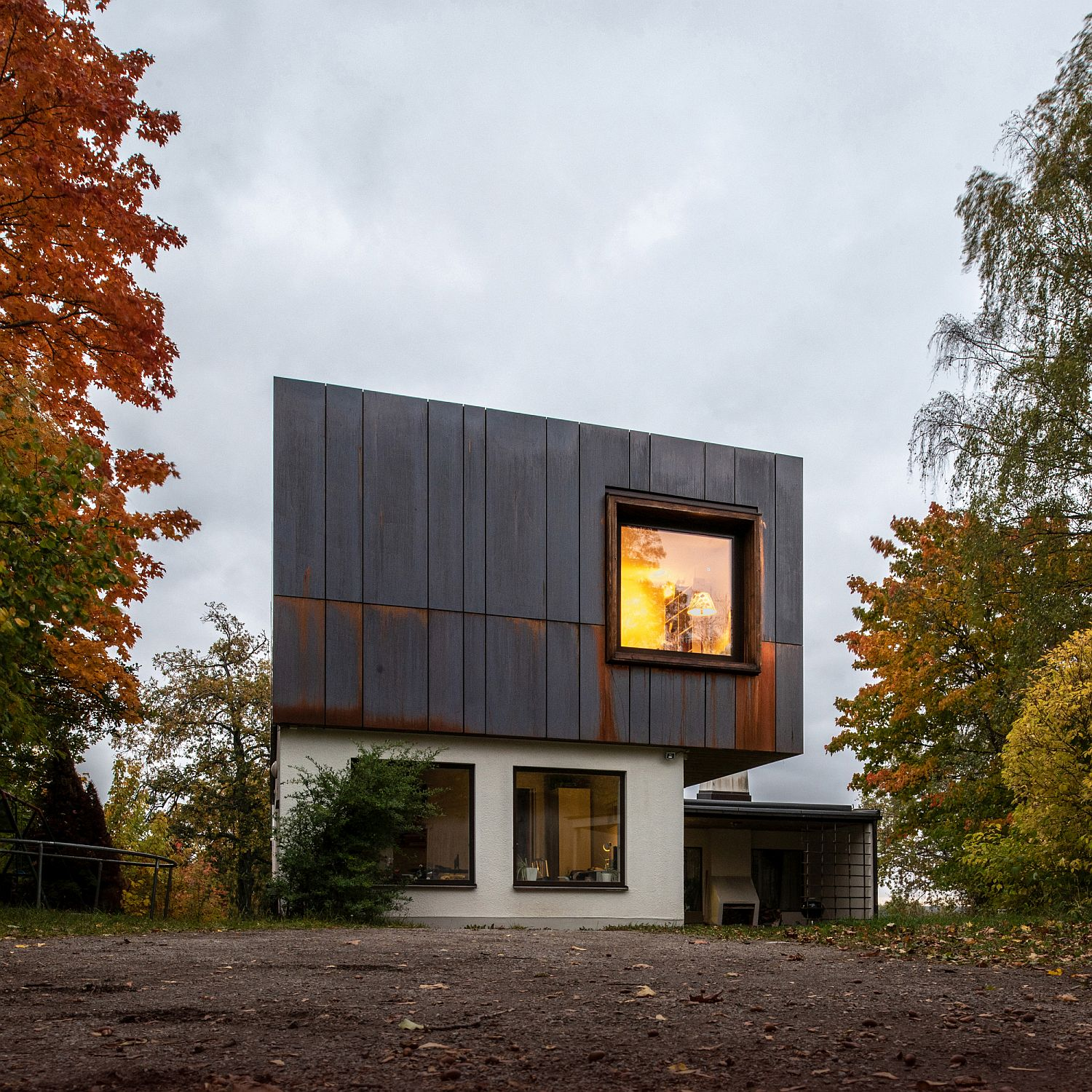 Cyclops window and skylight brings light into the home