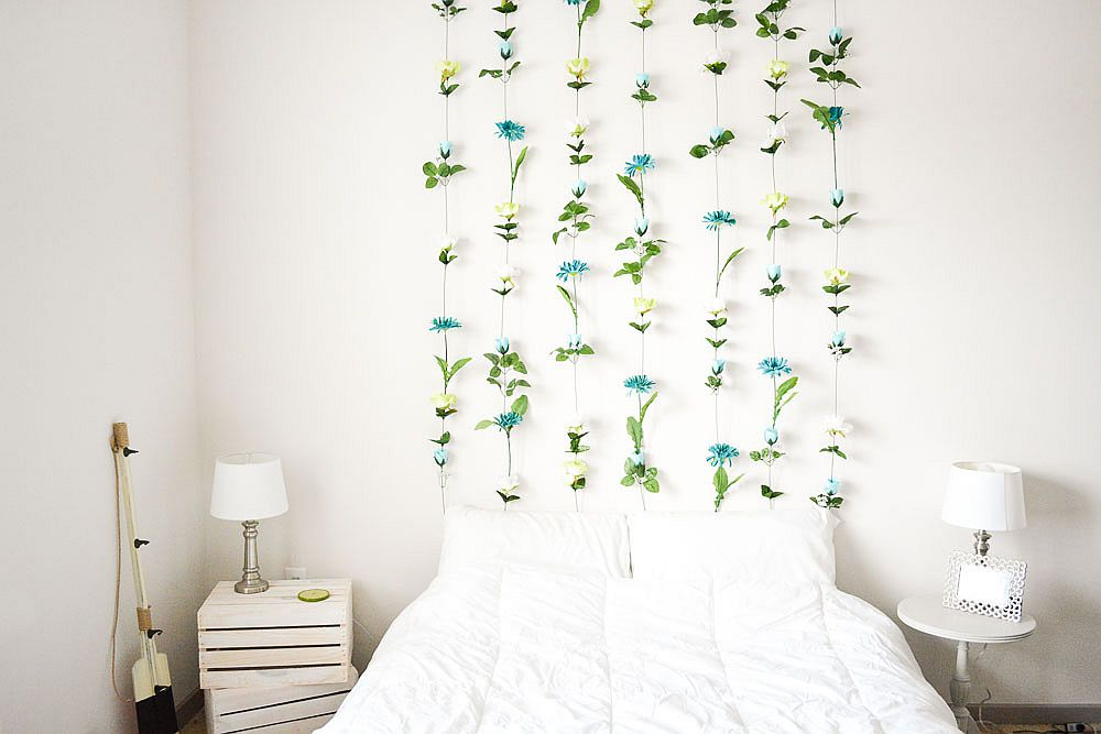 DIY flower wall headboard design for the Valentine's Day bedroom