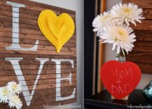 DIY-pallet-wall-art-addition-is-perfect-for-this-Valentines-Day-217x155