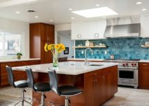 Finding-the-right-backsplash-for-the-modern-kitchen-217x155