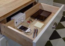 Perfect-kitchen-charging-station-that-can-be-hidden-from-view-with-ease-217x155