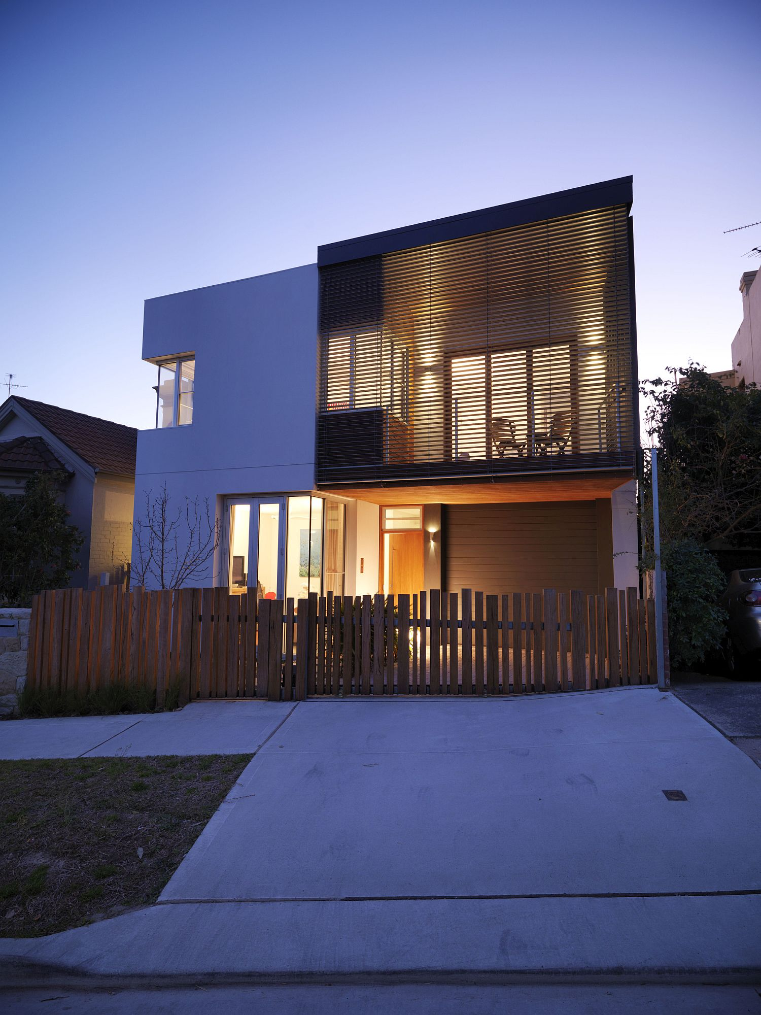 Street facade of Waverley House in Sydney