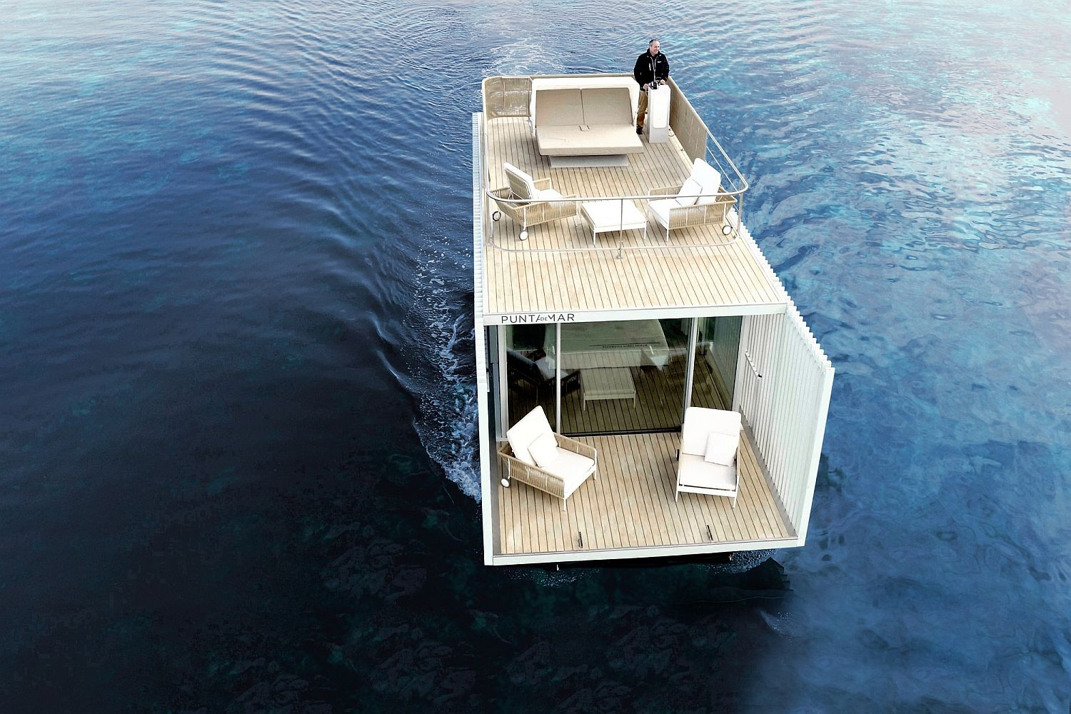 Expanding Horizons: Stunning Sustainable Floating Lodge for Two