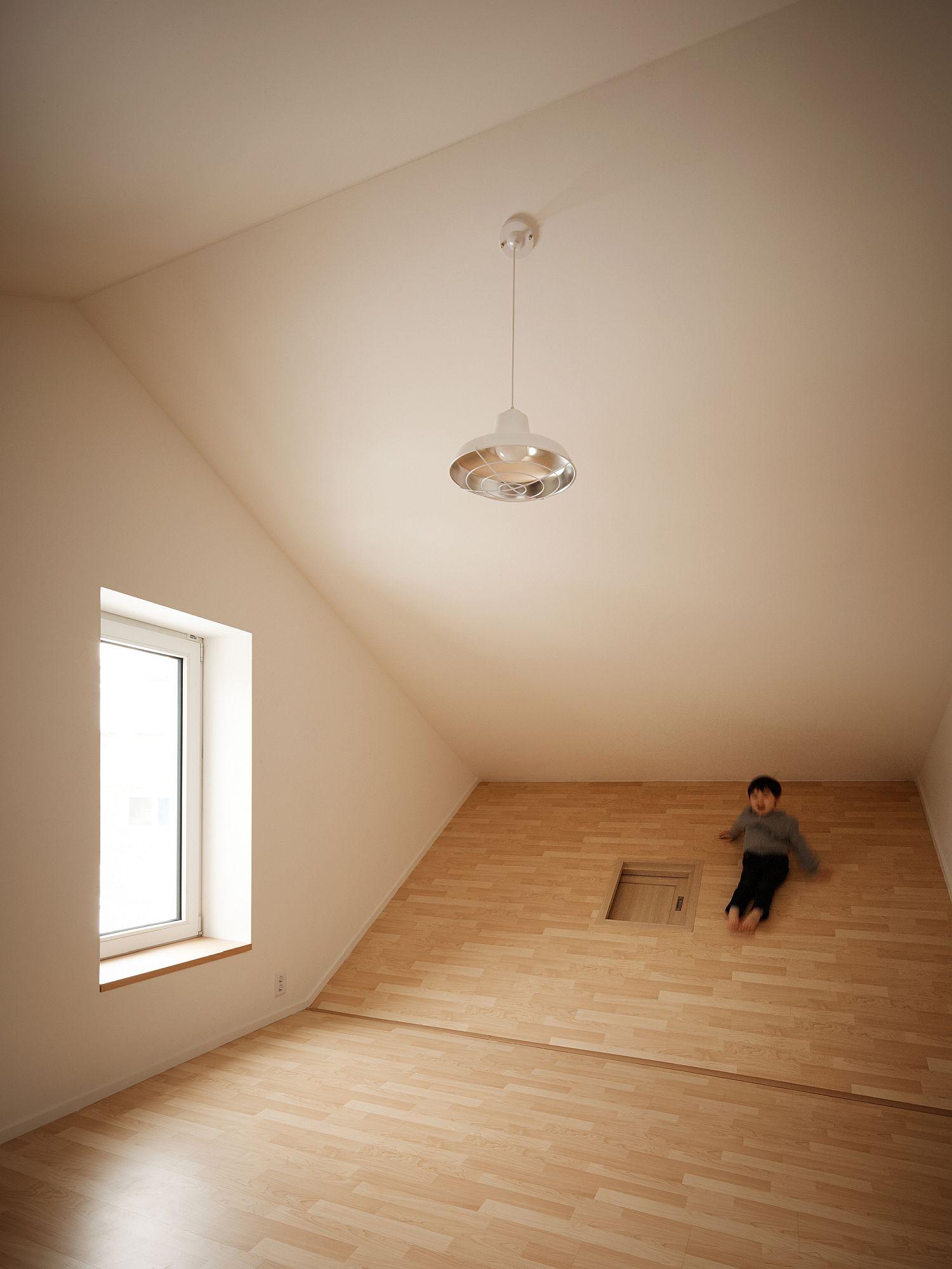 Upper level bedroom with a unique spatial arrangement