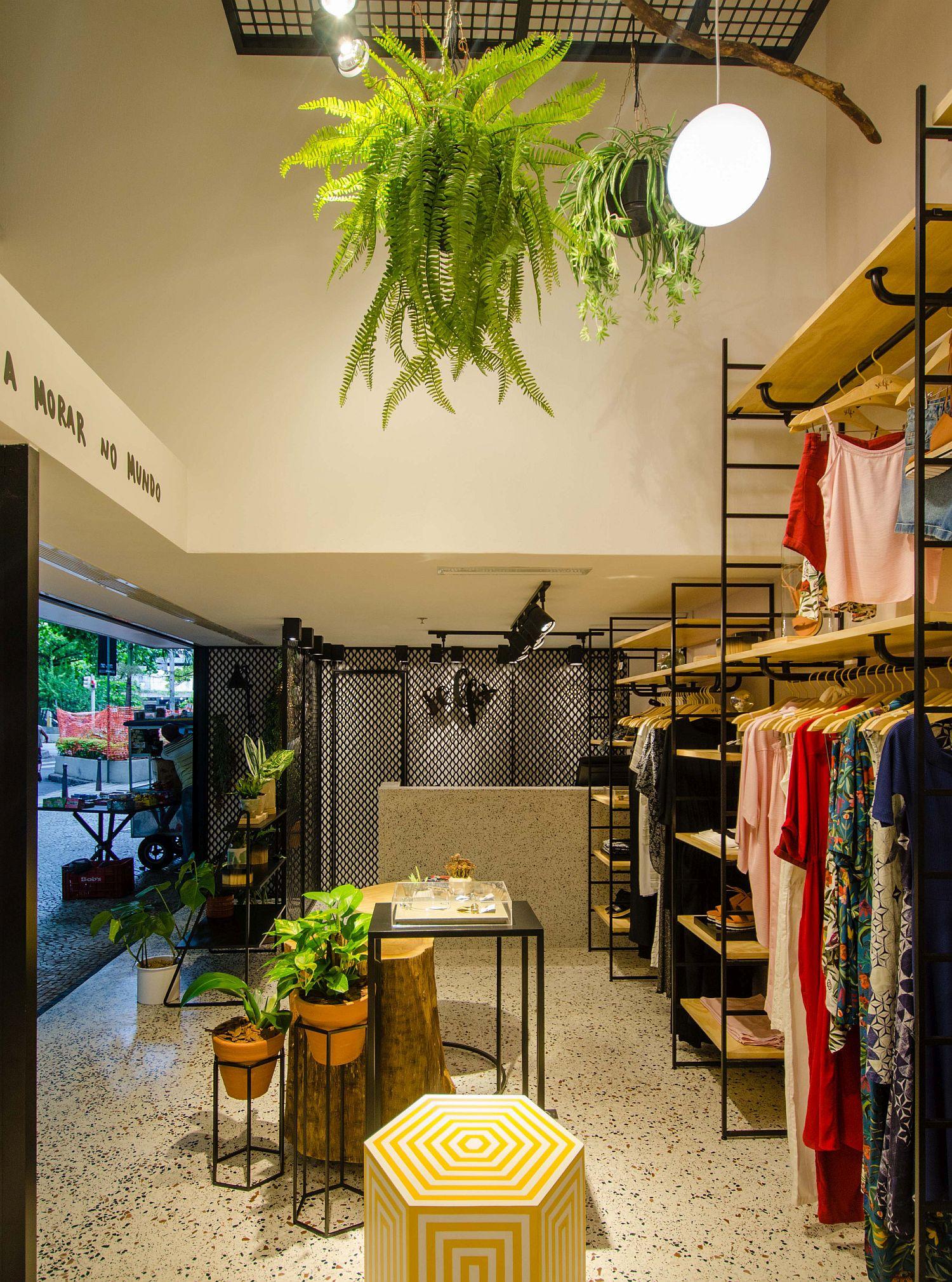 Custom-decor-pieces-and-shelves-inside-Self-Store