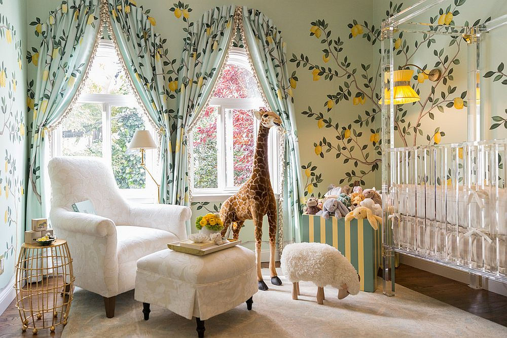Drapes extend the pattern of the wallpaper in an exquisite manner