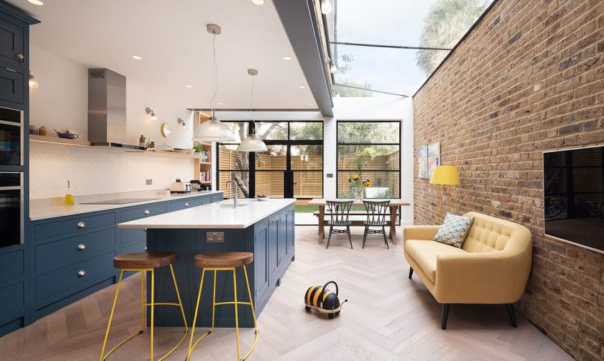 25 Kitchens Connected with the Backyard: Space-Savvy Trend that is Here to Stay!