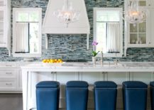 Fashionable-bar-stools-for-the-contemporary-kitchen-in-white-217x155