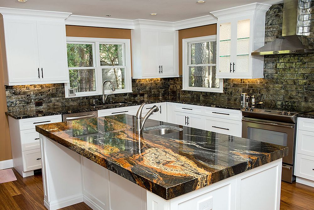 Granite-and-its-many-variants-add-stunning-beauty-to-the-kitchen