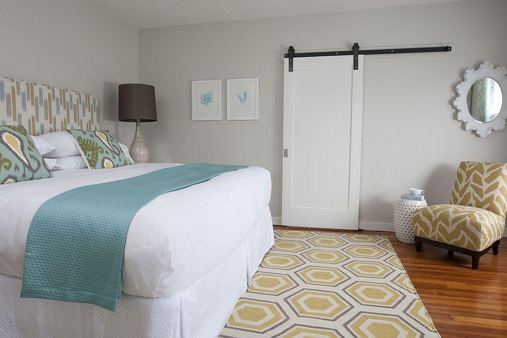 Hexagonal patterned rug for the modern bedroom