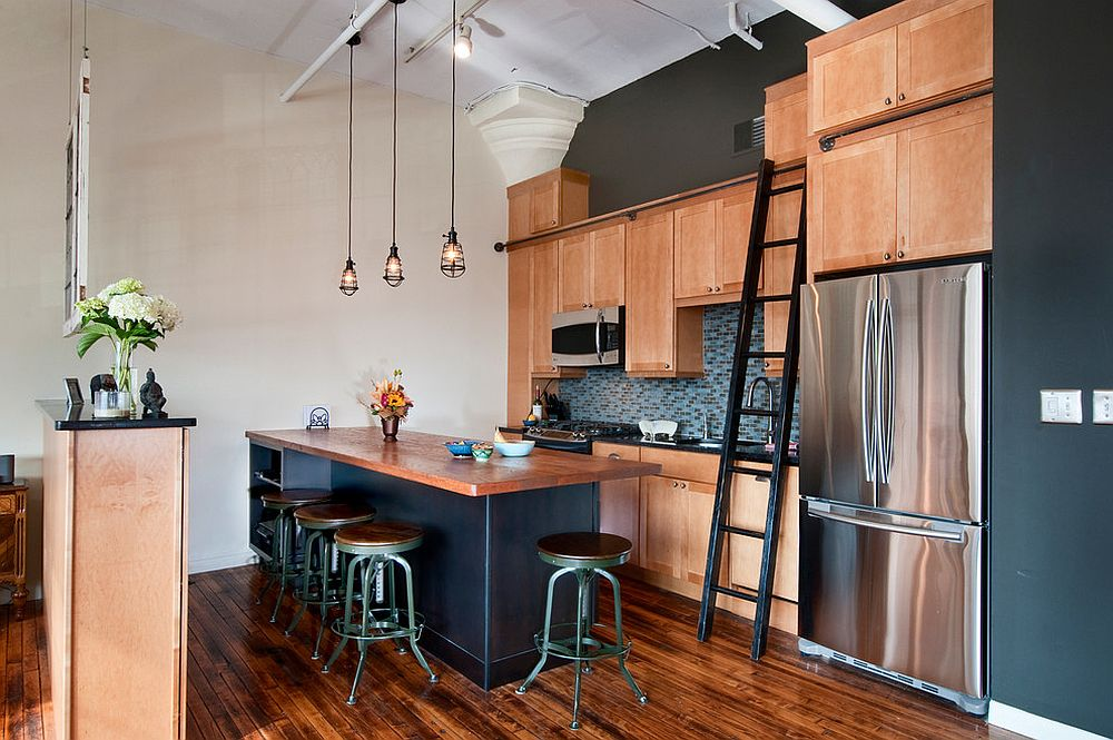 Metal-and-wood-are-the-elements-that-shape-the-perfect-industrial-or-rustic-bar-stool