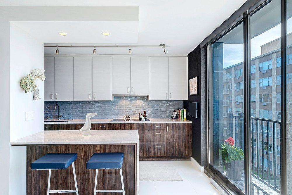 Sleek-bar-stools-with-blue-cushions-are-smart-space-savers