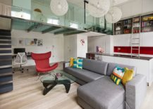 Steel-and-glass-mezzanine-level-of-the-London-apartment-is-eye-catching-217x155