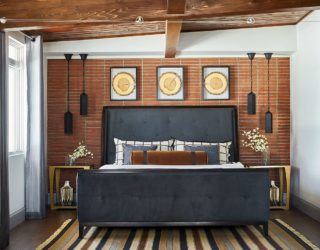 Cozy Modernity: 30 Rustic Chic Bedrooms that Offer Best of Both Worlds