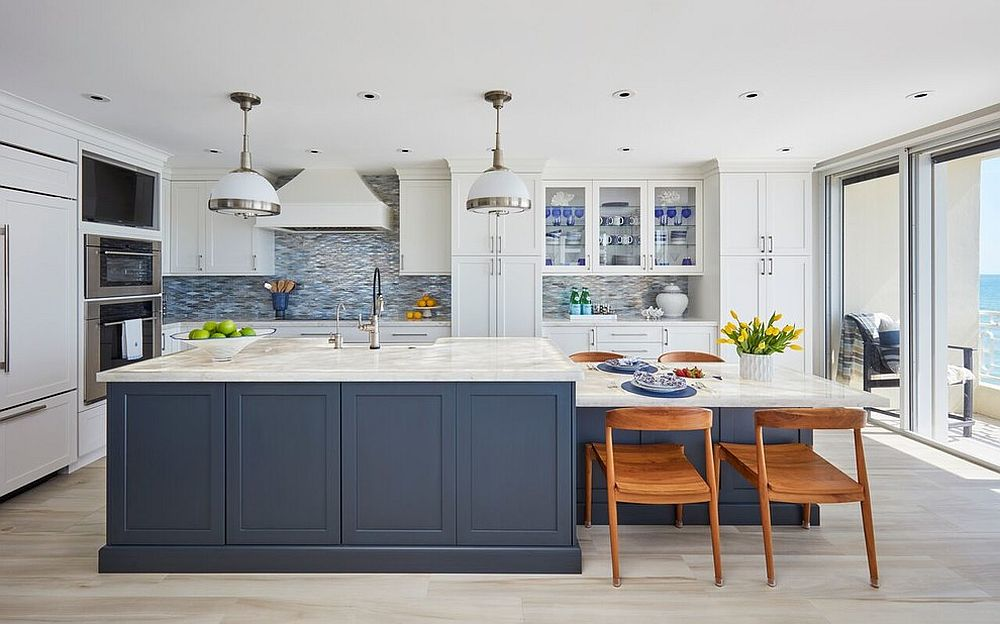 Bluish gray is a great color for the beach style kitchen