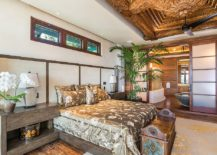Extraordinarily-opulent-appriach-to-decorating-with-wood-in-the-white-bedroom-217x155