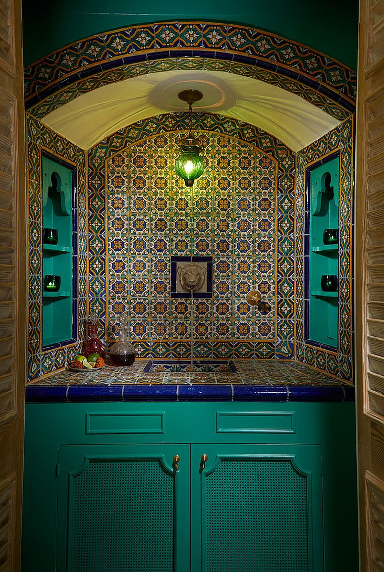 Gorgeous Mediterranean home bar goes well and truly old school!