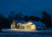 Landscape-around-the-sauna-highlights-its-beauty-217x155