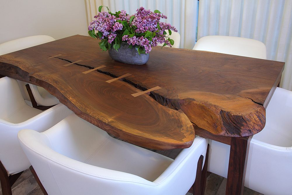 Natural-edge dining table for the small dining area
