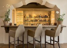 Perfect-arch-design-for-the-Mediterranea-bar-with-plenty-of-space-inside-217x155