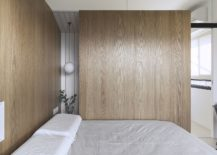 Plush-wooden-walls-and-doors-ensure-there-is-no-shortage-of-visual-warmth-217x155