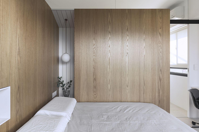 Plush wooden walls and doors ensure there is no shortage of visual warmth