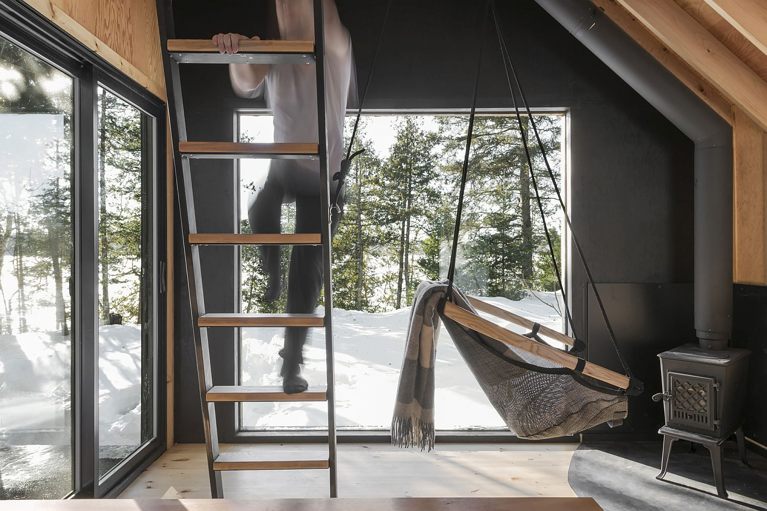 Simple ladder leading to the bedspace above