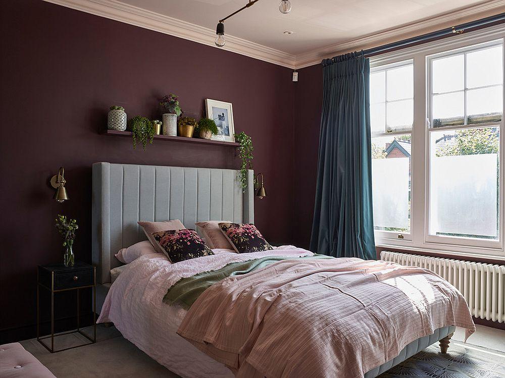 Small Scandinavian bedroom in purple