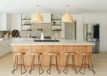 Softer-wooden-tones-and-natural-materials-are-perfect-for-the-beach-style-space-217x155