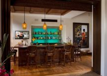 Spanish-colonial-style-copuled-with-Mediterranean-overtones-in-the-beautiful-home-bar-217x155