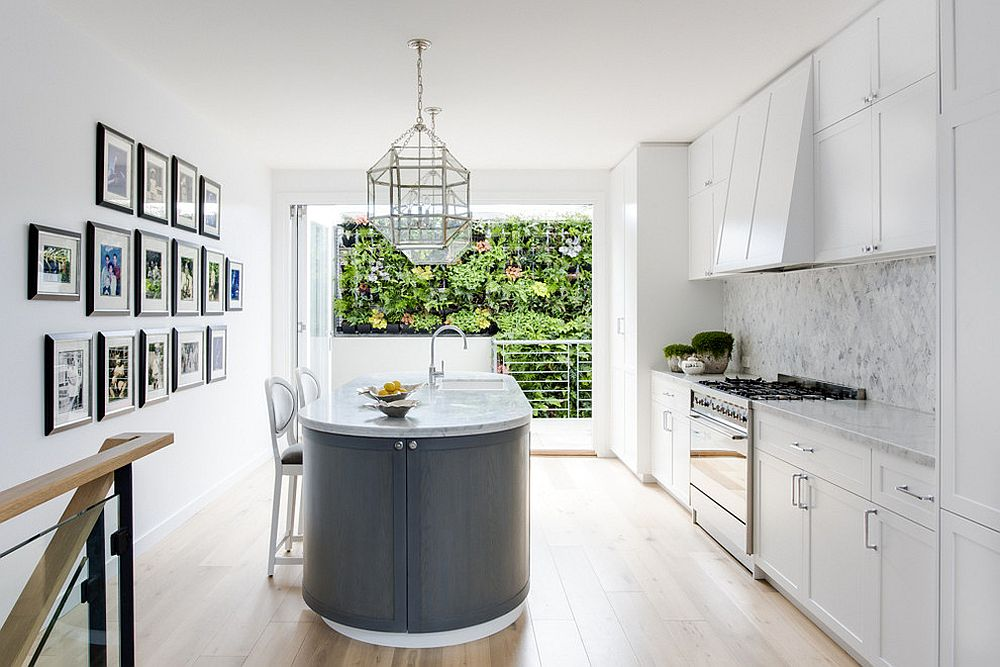 Eye Catching Trends 25 Gorgeous Kitchens With Gallery Walls That