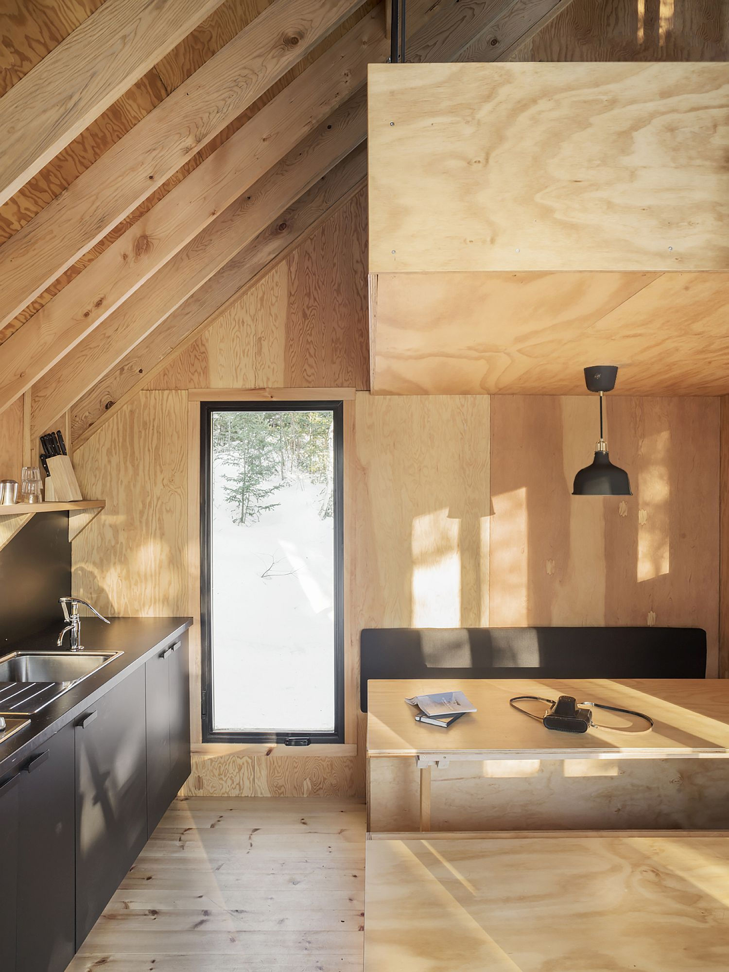 Woodsy cabin interior is both modern and timeless