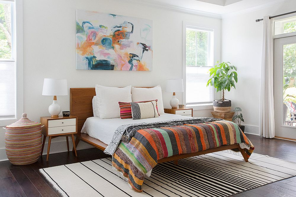 Combining minimalism with color in a classy fashion in the bedroom with summery vibe