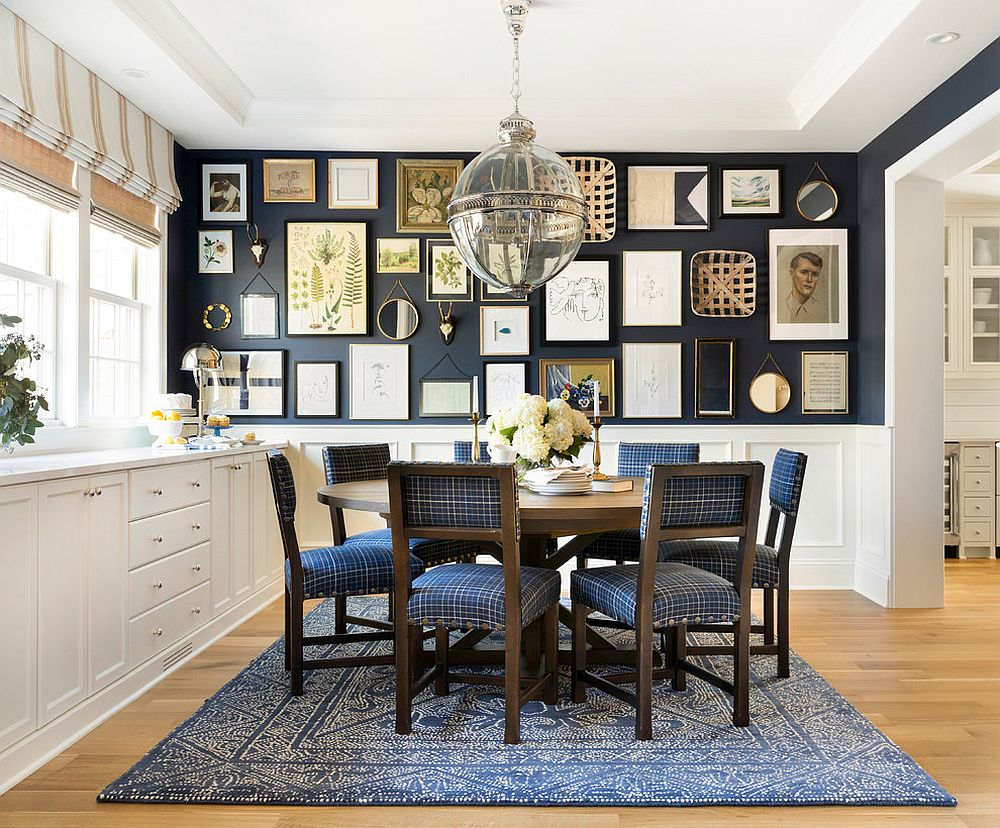 Exquisite gallery wall idea for the relaxed beach style dining room