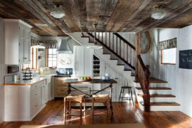 Kitchens with Wooden Ceiling: Adding Warmth and Elegance in Style
