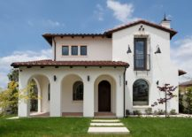 Small-and-stylish-Mediterranean-home-in-white-with-shingled-roof-217x155