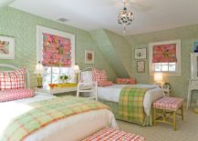 Striking-green-wallpaper-for-the-trendy-teen-bedroom-in-pink-and-green-217x155