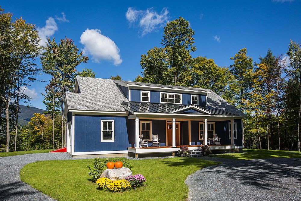 Traditional-exterior-in-navy-blue-and-gray-is-a-showstopper