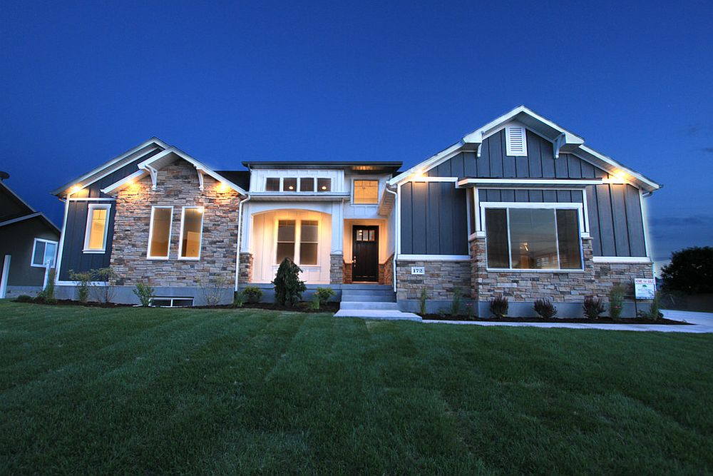 Unique-use-of-navy-blue-for-the-home-exterior