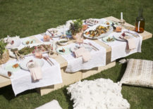 A-bountiful-outdoor-table-for-a-summer-kickoff-217x155